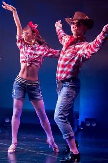 舞台 DANCE WITH ME!!